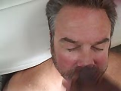 Cum Pig Gets Facial