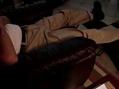 Relax In Khaks
