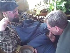 Cigar Top  Bear Gets Serviced